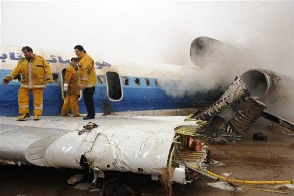 Іранський Ту-154 загорівся при посадці