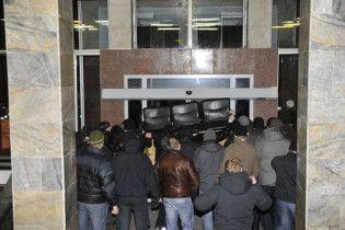 """Директор комбінату """"Україна """"скаржиться, що його переслідує чорний джип"""