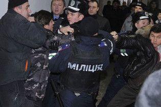 """Міліція заважає розслідувати справу щодо захоплення комбінату """"Україна"""""""