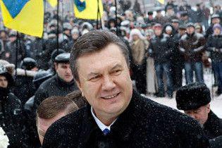 Янукович пообіцяв мораторій на Бандеру, російську мову та ЧФ