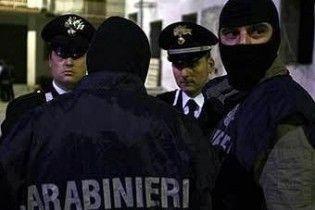 Італійська поліція затримала відразу півсотні мафіозі