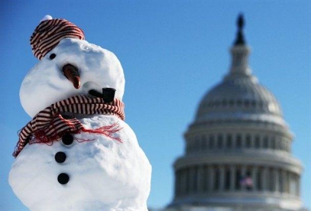 У Вашингтоні не працюють держустанови через рекордний снігопад