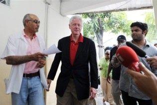 Білл Клінтон переніс операцію на серці