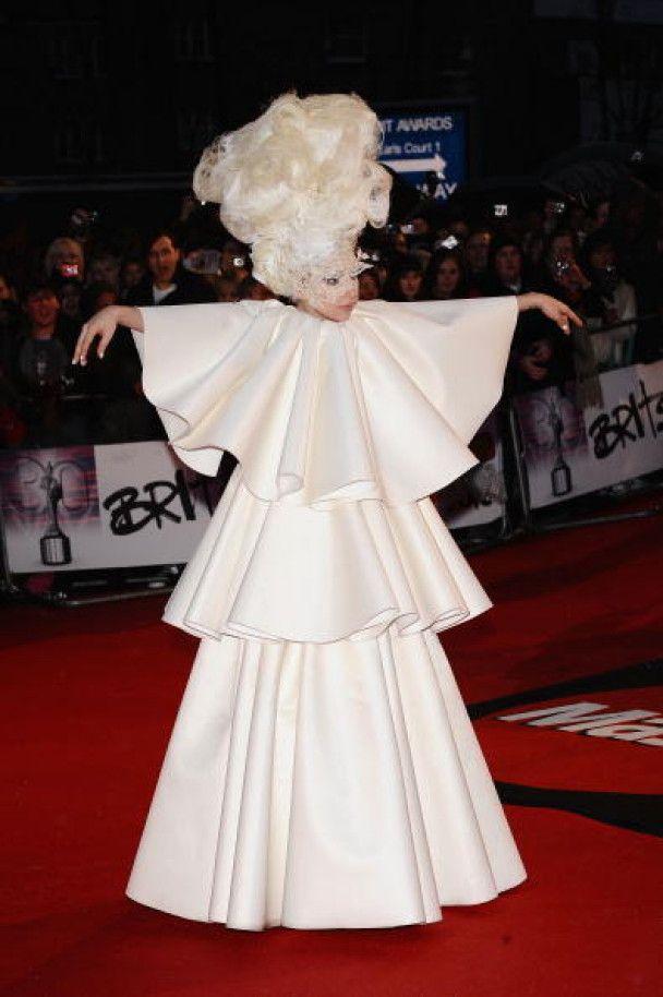 Lady Gaga стала тріумфатором ювілейної премії Brit Awards