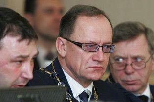 "Литвин під вигуки ""ганьба"" оголосив Пасенюка суддею КС"