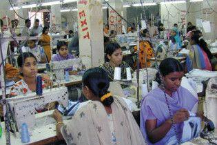 У Бангладеш згоріла фабрика светрів: загинули більше 20 людей