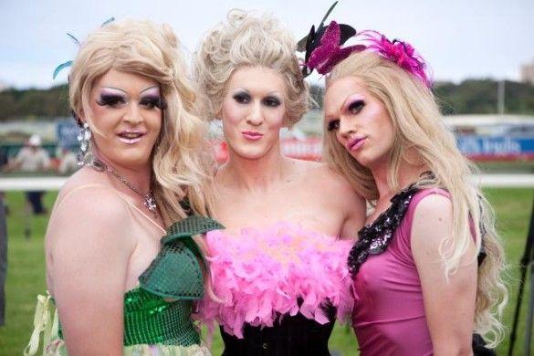 Забіг геїв на рожевих підборах