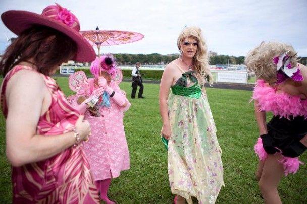 У Сіднеї пройшов забіг геїв на рожевих підборах