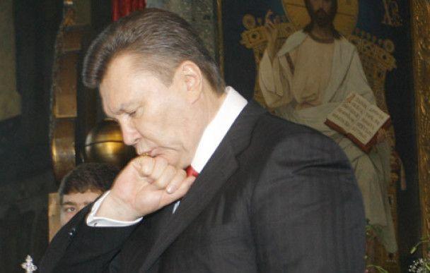 Археолог: подарований Януковичу княжий перстень – фальшивка