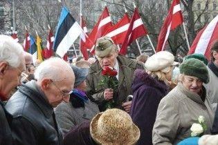 """Президент Латвії підтримав марш ветеранів """"Ваффен СС"""""""