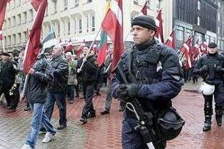 """Латвійський суд дозволив марш ветеранів """"Ваффен СС"""""""