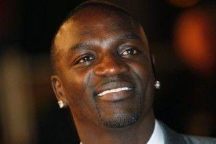 Реперу Akon не дозволяють в'їжджати у Шрі-Ланку