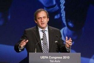 Платіні збирається керувати європейським футболом до 2015 року