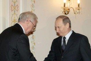 Азаров попросив Путіна забути останні п'ять років