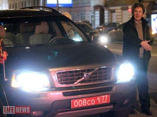 П'яний Якубович розбив дзеркало в автомобілі посла Бельгії