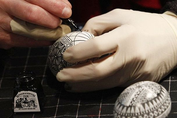 Мистецтво фарбувати яйця