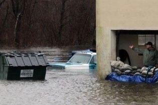Зливи спричинили рекордну повінь в США
