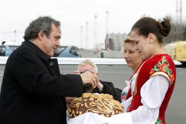 Платіні проінспектував Україну