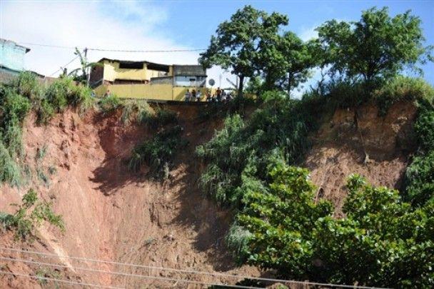 Жертвами повені в Ріо-де-Жанейро стали більше 200 людей
