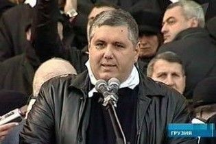 Опозиція пригрозила Саакашвілі влаштувати з Тбілісі Бішкек