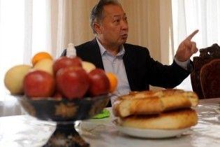 Бакієв пригрозив у разі арешту втопити Киргизію в крові
