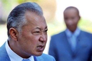 Тимчасовий уряд Киргизії вимагає суду над поваленим президентом