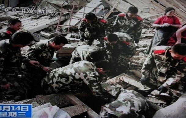 Кількість жертв землетрусу в Китаї досягла 400 людей