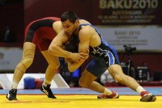 """Молдавські борці продали """"Мерседес"""", щоб поїхати на чемпіонат Європи"""