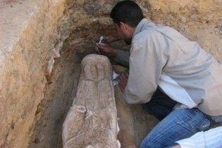 У Єгипті знайшли відразу 14 гробниць, які датуються III століттям до н.е.