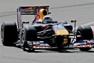 Формула-1. Феттель виграв поул-позішн Гран-прі Китаю
