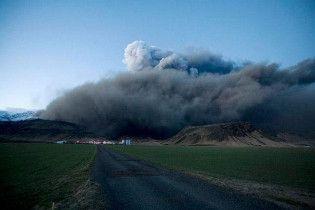 Метеорологи прогнозують: Хмара попелу з Ісландії поверне до Арктики