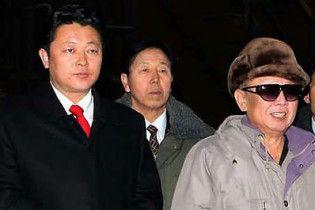 Кім Чен Ір спростував чутки про передачу влади синові