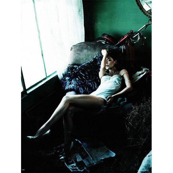 Вікторія Бекхем у розкішній фотосесії для Vogue