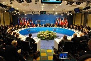 НАТО залишило свої двері відкритими для України