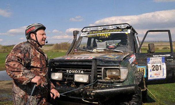 Янукович-молодший виграв гонку по болоті