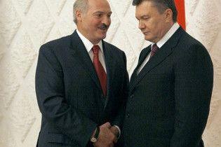 У п'ятницю Янукович зустрінеться з Лукашенком
