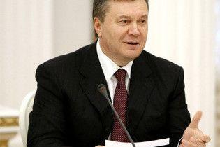 Янукович відправився до Москви на саміт глав держав СНД