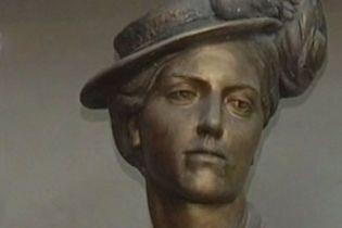 Соломії Крушельницькій встановили пам'ятник в Мілані (відео)