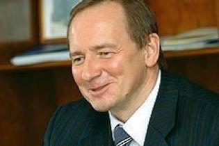 """Укратомпром"" поки почекає"