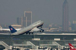 Через негоду в аеропорті Франкфурта застрягли 8 тисяч людей