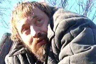"""На Чернігівщині людина живе """"собачим життям"""" (відео)"""