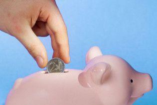 Вкладники банків припиняють депозитну паніку