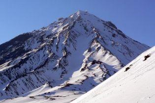 В Росії почав виверження вулкан, який спав 3,5 тисячі роки
