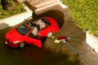 Охоронець саєнтологічного центру в Голівуді застрелив чоловіка з мечем (відео)