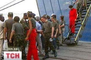 """Морякам з """"Фаїни"""" досі не виплачують зарплати й компенсації"""