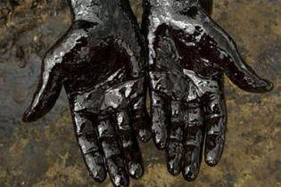 В Іллінойсі розлилося більше 245 тонн нафтової рідини