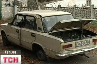 На Дніпропетровщині п'яний водій розтрощив заправку (відео)