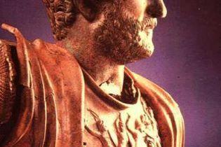 Історичний Рим розвалюється