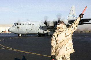 Аксакали Киргизії вимагають вивести з країни американську авіабазу