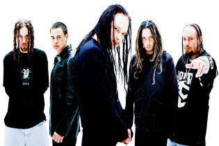 Басист Korn Філді вибачився за наркотики та алкоголь